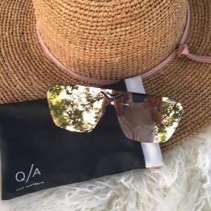 Quay Australia Star Gaze mirrored sunglasses